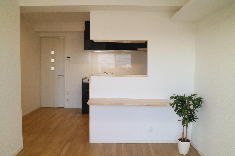 白を基調にシンプルテイストな空間